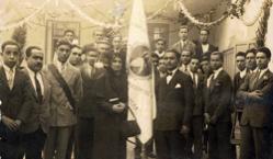 Bendición de la nueva bandera de los Tarsicios 06-05-1945